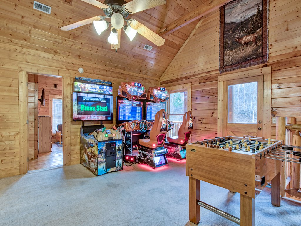 Photo of a Pigeon Forge Cabin named Creekside Getaway - This is the sixteenth photo in the set.