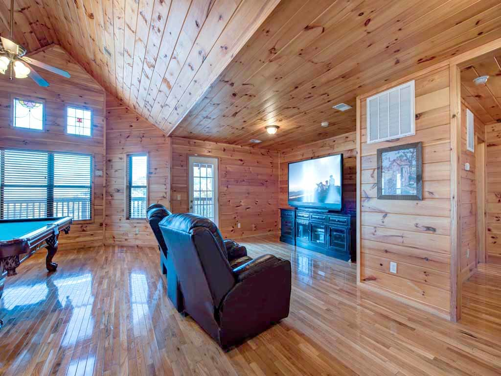 Photo of a Gatlinburg Cabin named Smokerise Lodge - This is the fifteenth photo in the set.