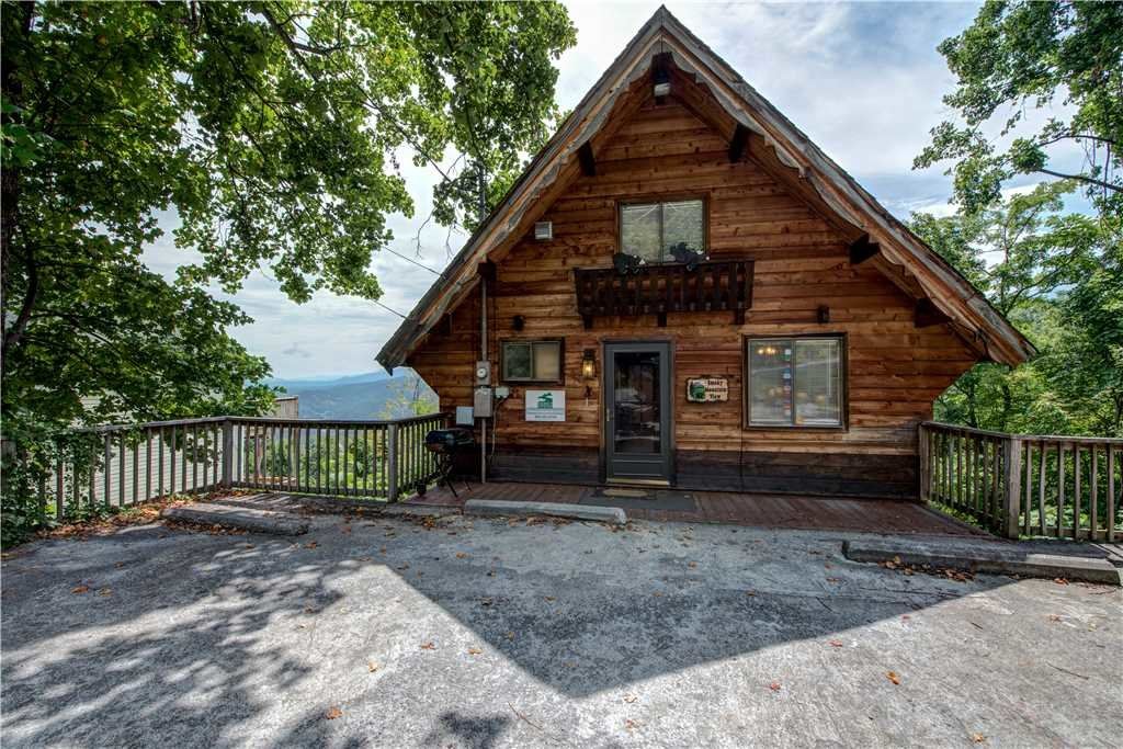Photo of a Gatlinburg Cabin named Smoky Mountain View - This is the twenty-third photo in the set.