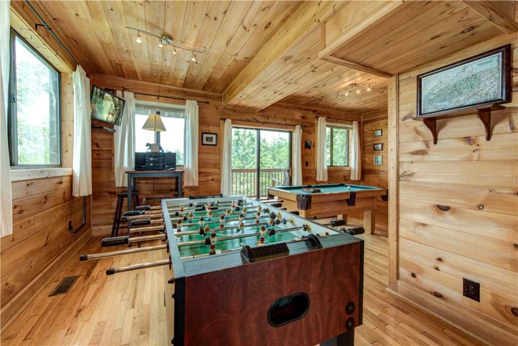 Photo of a Gatlinburg Cabin named Smoky Mountain View - This is the tenth photo in the set.