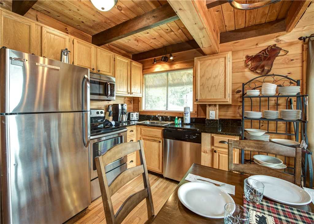 Photo of a Gatlinburg Cabin named Smoky Mountain View - This is the seventh photo in the set.