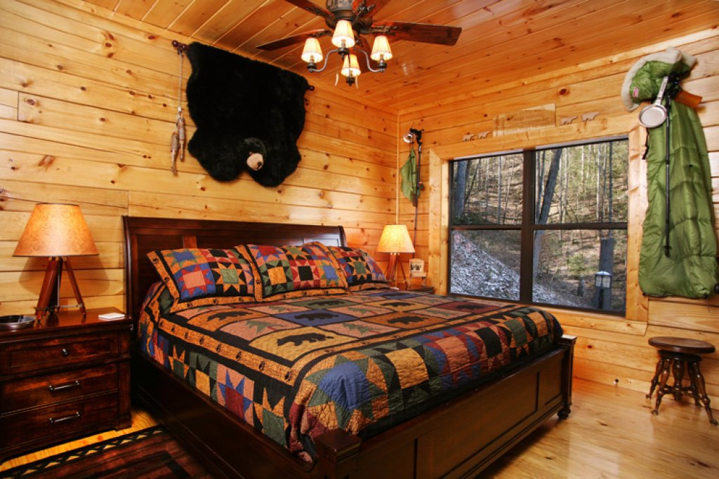 Photo of a Gatlinburg Cabin named Stonebrook Lodge - This is the fourteenth photo in the set.
