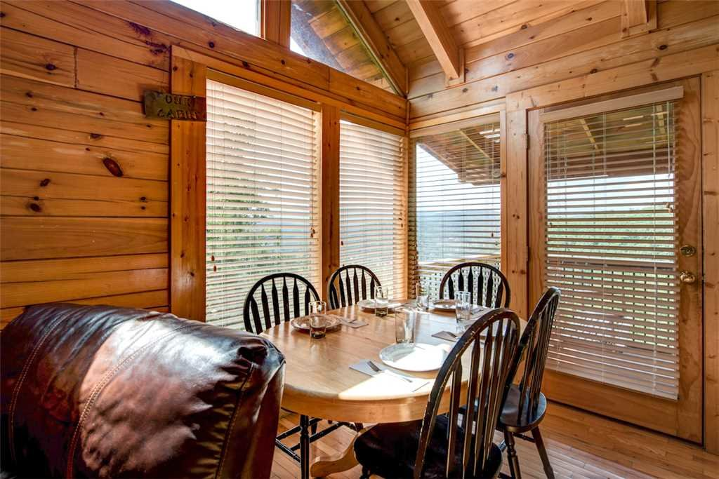 Photo of a Pigeon Forge Cabin named Absolutely Perfect - This is the fifth photo in the set.