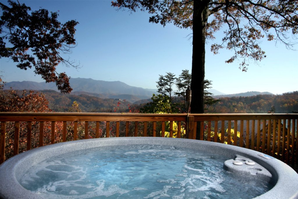 Photo of a Gatlinburg Cabin named Never-ending View - This is the second photo in the set.