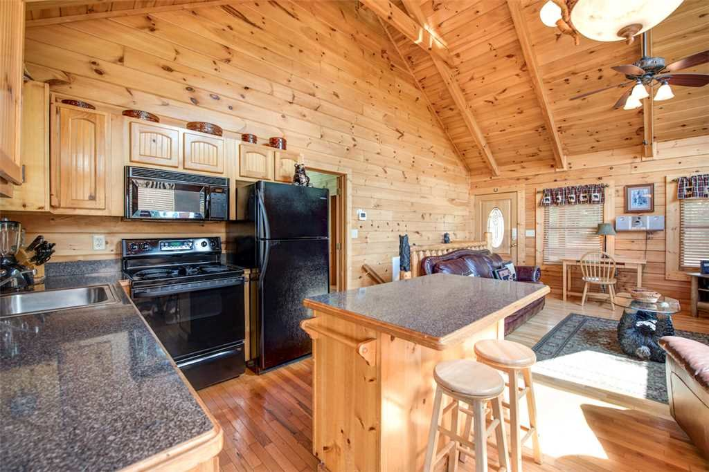 Photo of a Pigeon Forge Cabin named Absolutely Perfect - This is the sixth photo in the set.