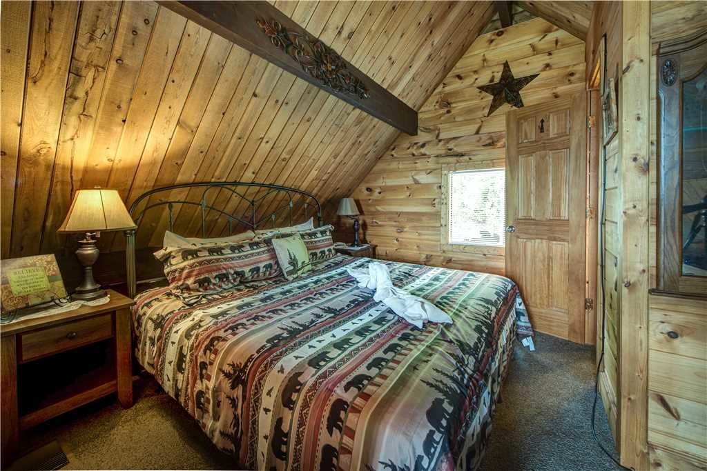 Photo of a Gatlinburg Cabin named Smoky Mountain View - This is the fourteenth photo in the set.
