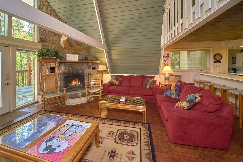 Photo of a Gatlinburg Cabin named Echota - This is the fourth photo in the set.