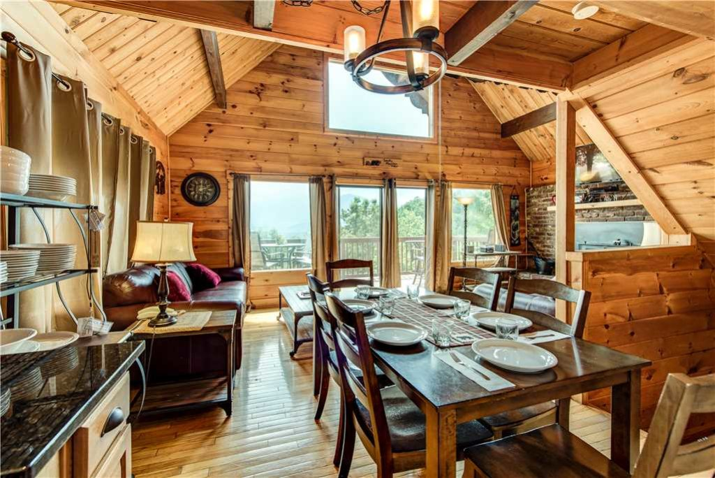 Photo of a Gatlinburg Cabin named Smoky Mountain View - This is the sixth photo in the set.
