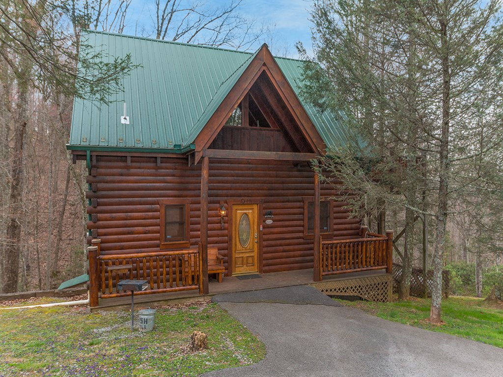 Photo of a Gatlinburg Cabin named Bear Bottom - This is the sixteenth photo in the set.