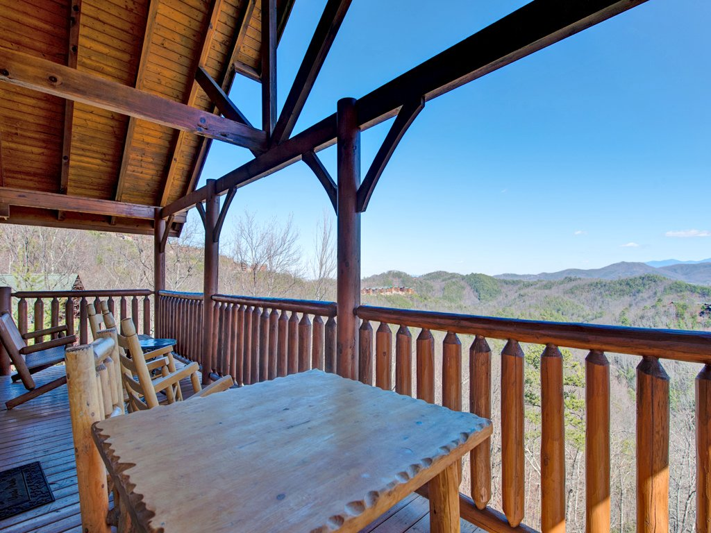 Photo of a Pigeon Forge Cabin named Bella Yani - This is the thirtieth photo in the set.