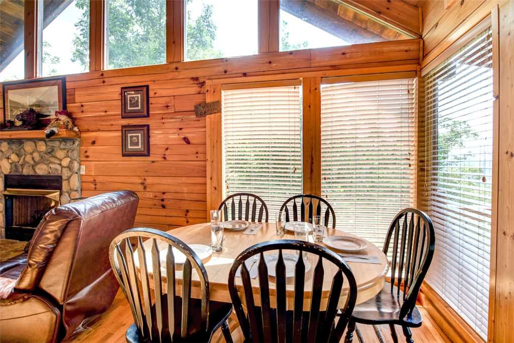 Photo of a Pigeon Forge Cabin named Absolutely Perfect - This is the fourth photo in the set.