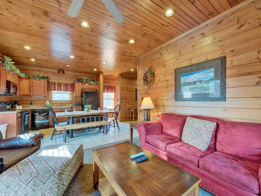 Photo of a Gatlinburg Cabin named Gatlinburg Majesty - This is the fourth photo in the set.