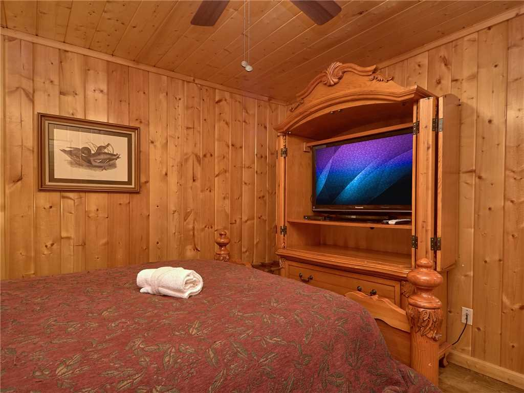 Photo of a Pigeon Forge Cabin named Hidden Springs Lodge - This is the twenty-second photo in the set.