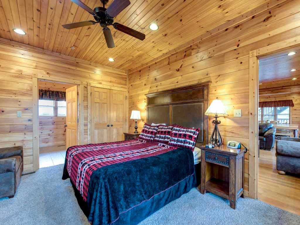 Photo of a Gatlinburg Cabin named Big Sky Lodge Ii - This is the thirteenth photo in the set.