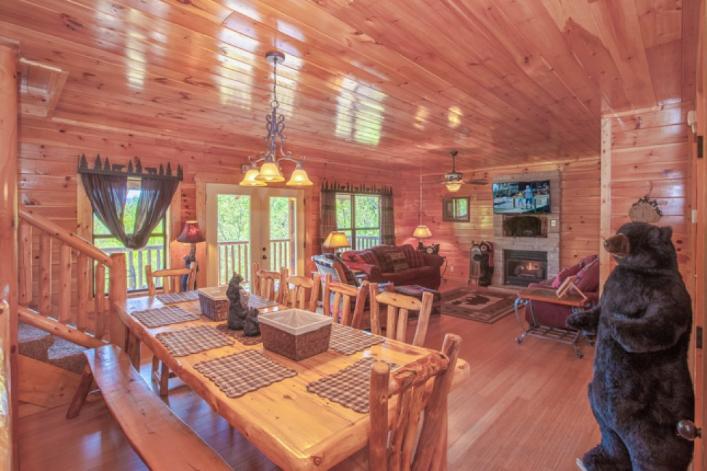 Photo of a Gatlinburg Cabin named Destiny's Heavenly View - This is the fourth photo in the set.