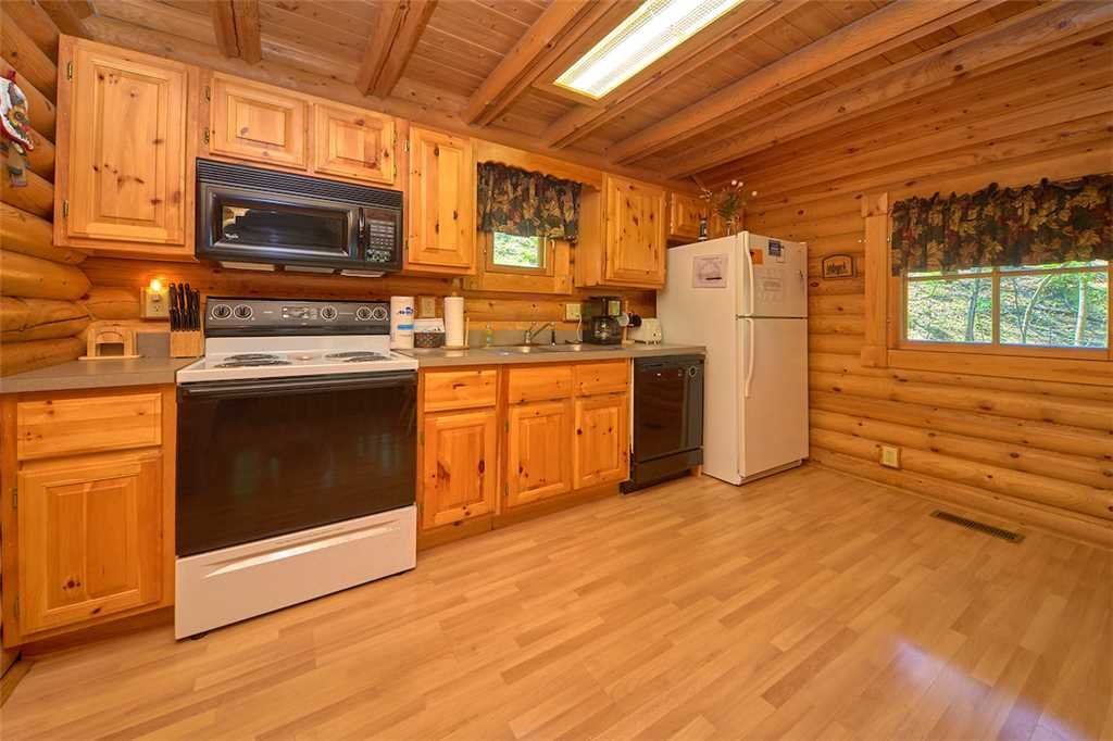 Photo of a Gatlinburg Cabin named Enchanted Forest - This is the seventh photo in the set.