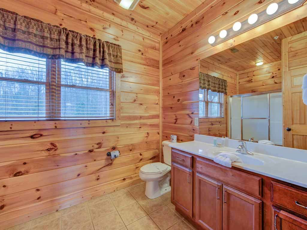 Photo of a Gatlinburg Cabin named Big Sky Lodge Ii - This is the twenty-fifth photo in the set.
