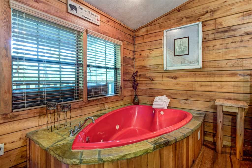 Photo of a Pigeon Forge Cabin named Romancing The Stars - This is the twelfth photo in the set.