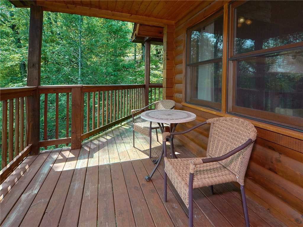 Photo of a Gatlinburg Cabin named Dew South - This is the seventeenth photo in the set.