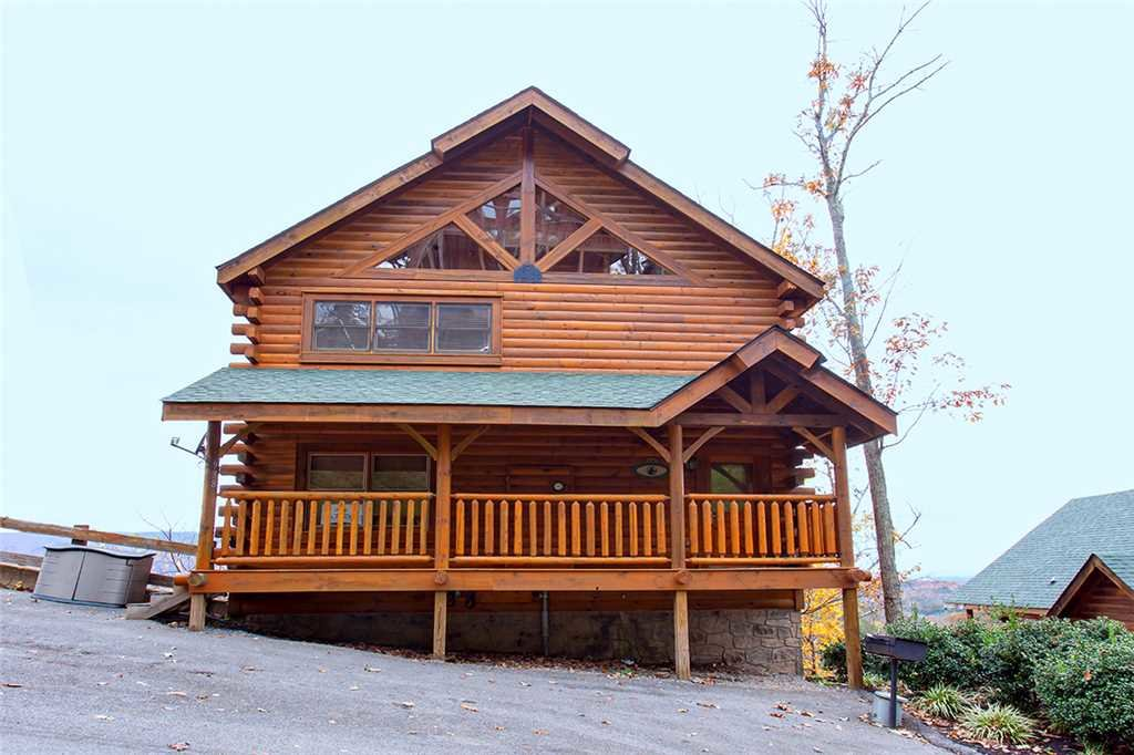Photo of a Pigeon Forge Cabin named A Walk In The Clouds - This is the thirty-first photo in the set.