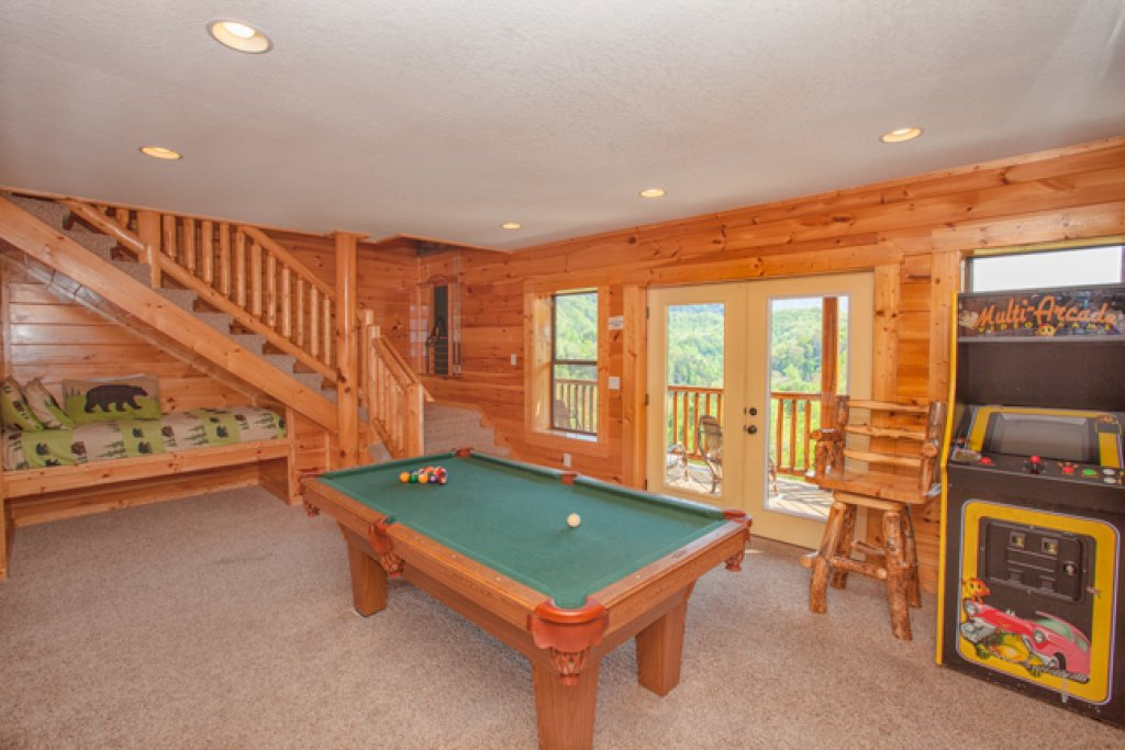 Photo of a Gatlinburg Cabin named Destiny's Heavenly View - This is the eighth photo in the set.