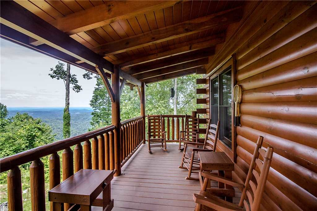 Photo of a Pigeon Forge Cabin named Romantic Views - This is the eighteenth photo in the set.