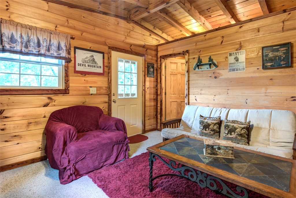Photo of a Pigeon Forge Cabin named Whispering Secrets - This is the seventh photo in the set.