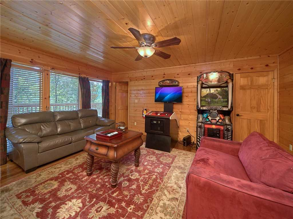Photo of a Pigeon Forge Cabin named Hidden Springs Lodge - This is the twelfth photo in the set.