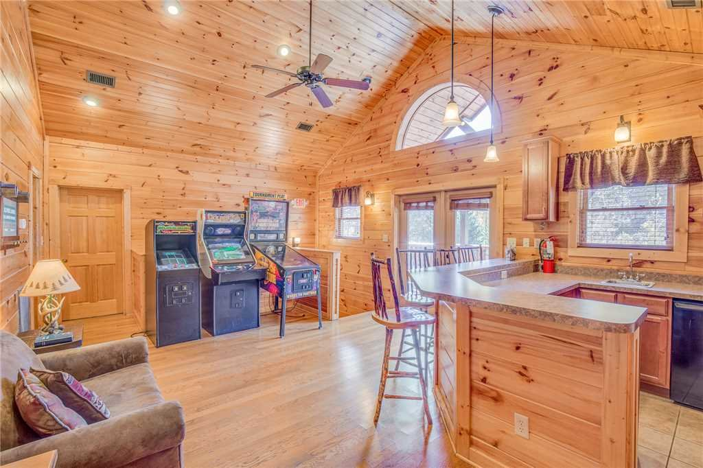 Photo of a Gatlinburg Cabin named Big Sky Lodge Ii - This is the ninth photo in the set.