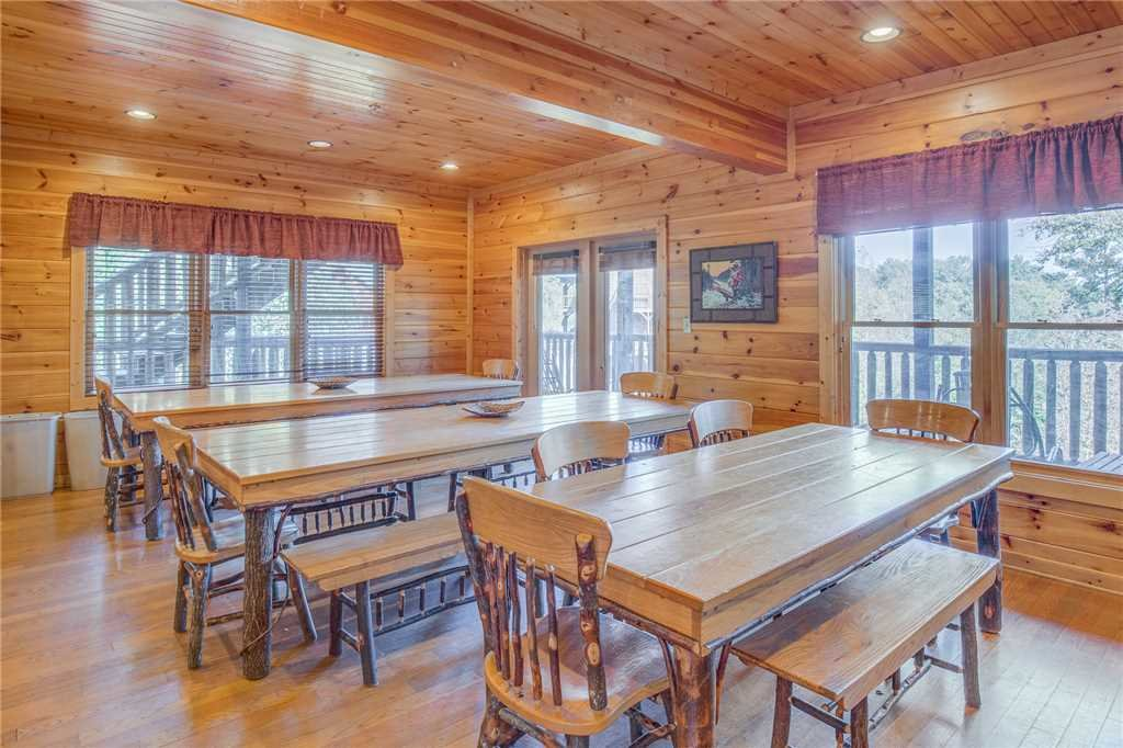 Photo of a Gatlinburg Cabin named Big Sky Lodge Ii - This is the seventh photo in the set.