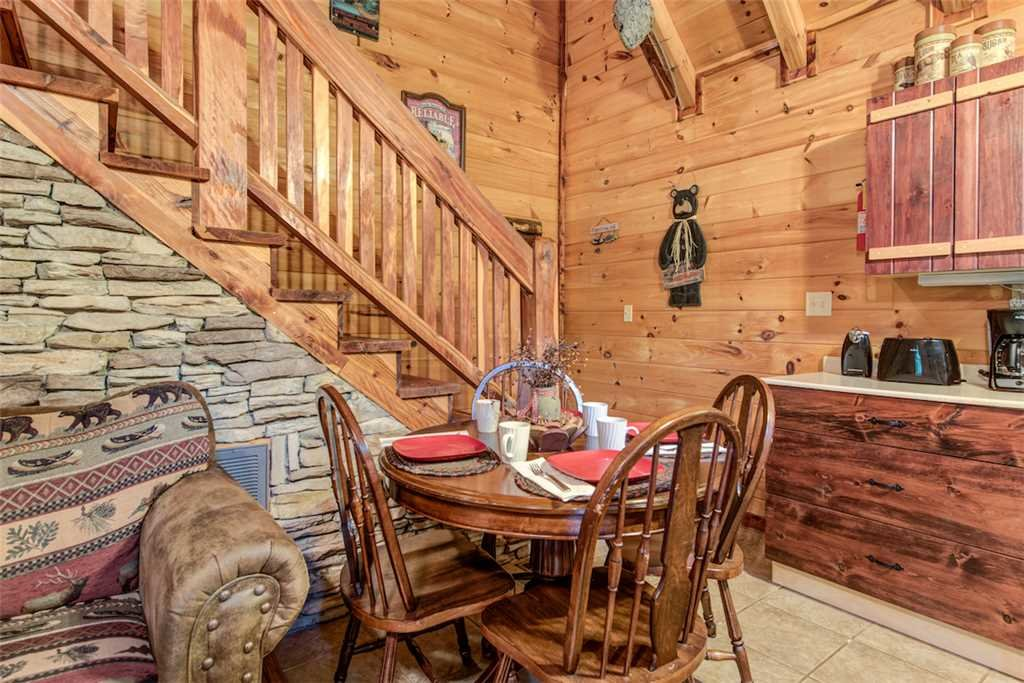 Photo of a Pigeon Forge Cabin named Whispering Secrets - This is the fifth photo in the set.