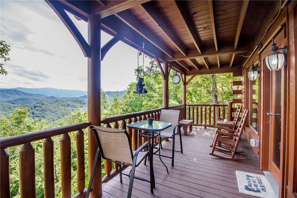 Photo of a Pigeon Forge Cabin named Romantic Views - This is the twenty-third photo in the set.