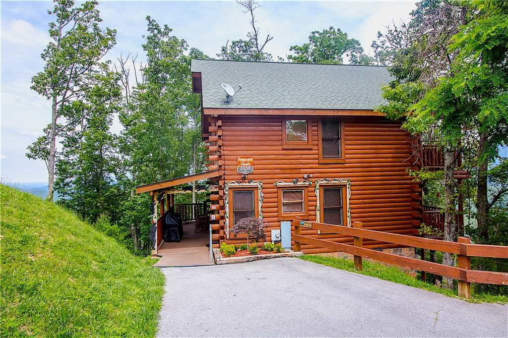 Photo of a Pigeon Forge Cabin named Romantic Views - This is the seventeenth photo in the set.