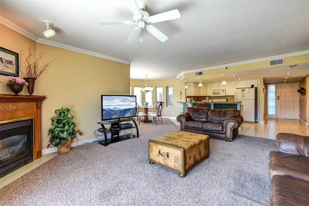 Photo of a Pigeon Forge Condo named Golf Vista 111 - This is the third photo in the set.