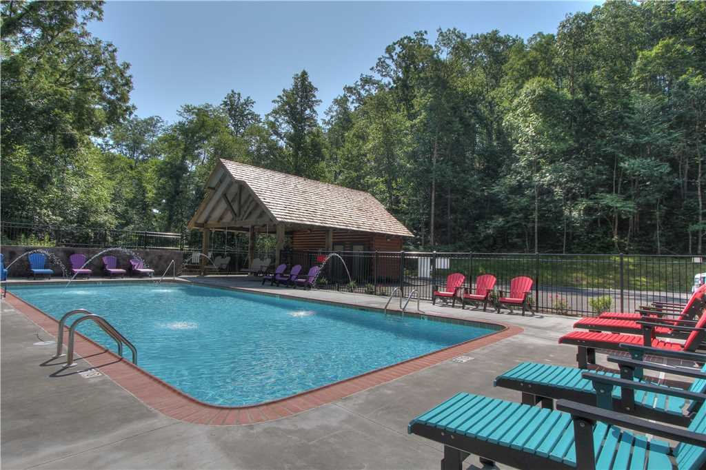 Photo of a Pigeon Forge Cabin named Aqua Dream'in Retreat - This is the thirty-second photo in the set.