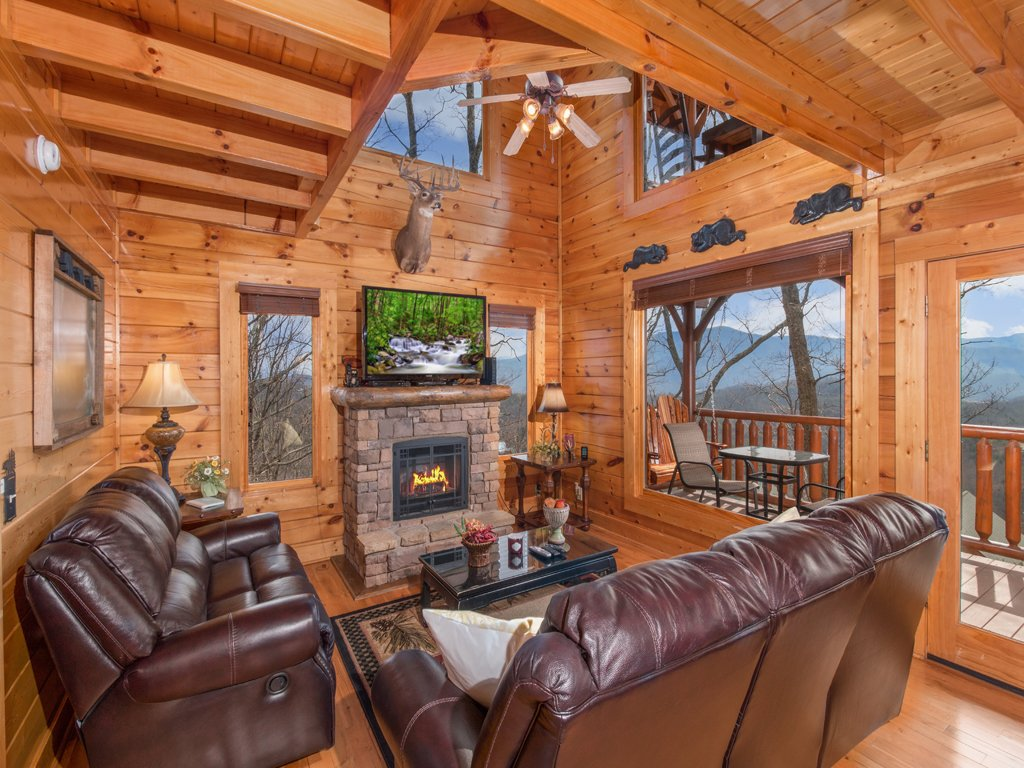 Photo of a Pigeon Forge Cabin named Romantic Views - This is the first photo in the set.