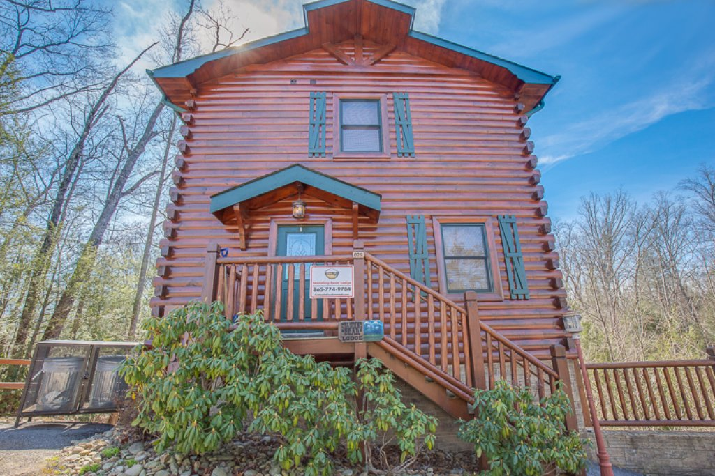 Photo of a Gatlinburg Cabin named Standing Bear Lodge - This is the twenty-eighth photo in the set.