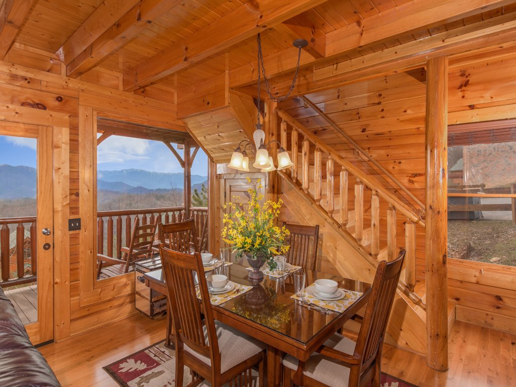 Photo of a Pigeon Forge Cabin named Romantic Views - This is the fifth photo in the set.