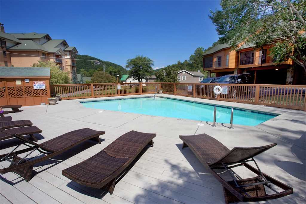 Photo of a Gatlinburg Condo named Gatlinburg Village 505 - This is the second photo in the set.