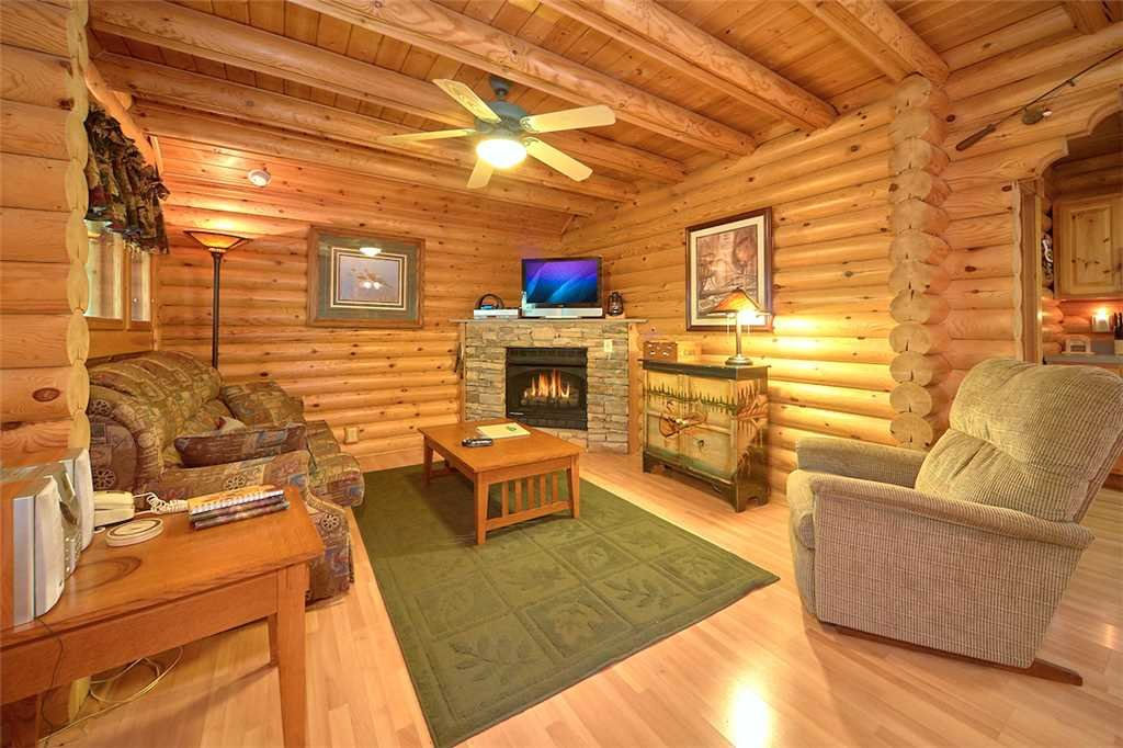 Photo of a Gatlinburg Cabin named Enchanted Forest - This is the fifth photo in the set.