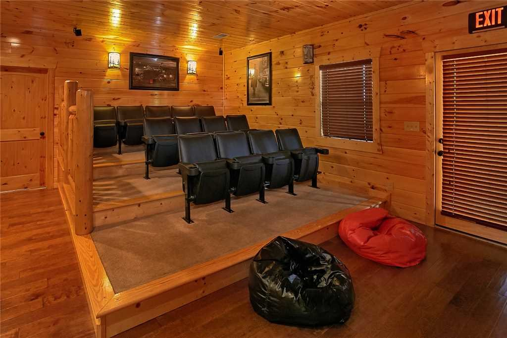 Photo of a Pigeon Forge Cabin named Awesome View Lodge - This is the ninth photo in the set.
