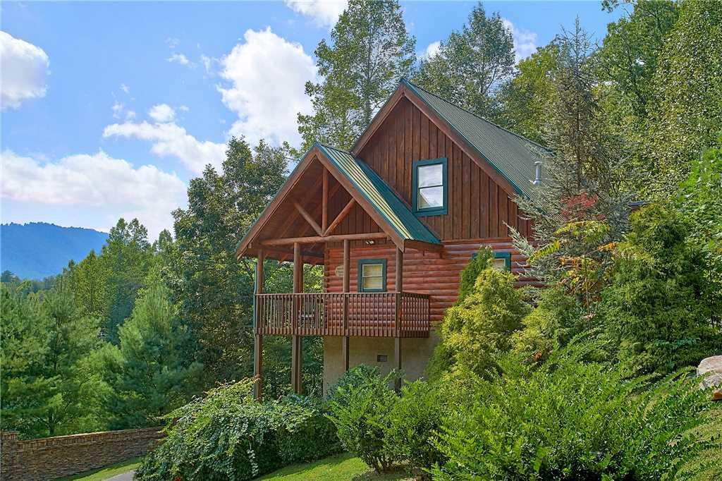 Photo of a Pigeon Forge Cabin named A Timeless Event - This is the first photo in the set.