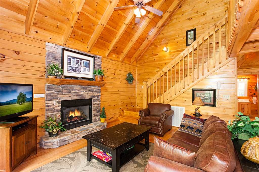 Photo of a Pigeon Forge Cabin named A Timeless Event - This is the third photo in the set.