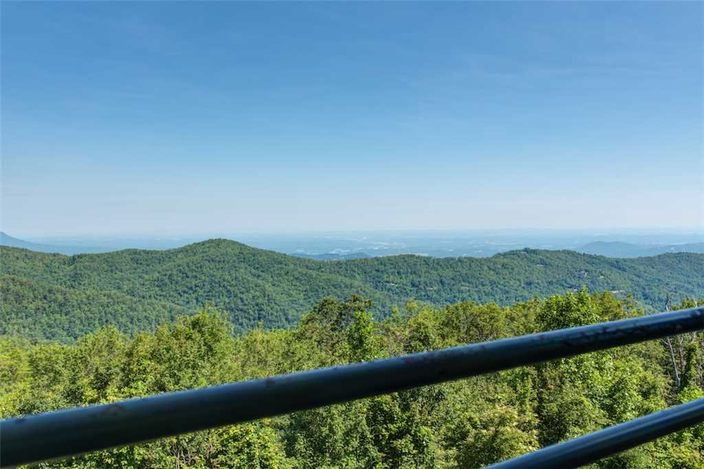 Photo of a Gatlinburg Condo named Overlook Nook - This is the third photo in the set.