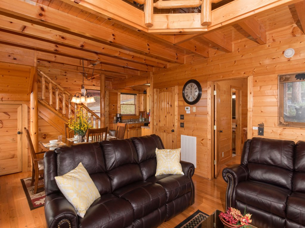 Photo of a Pigeon Forge Cabin named Romantic Views - This is the fourth photo in the set.