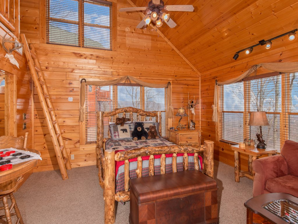 Photo of a Pigeon Forge Cabin named Romantic Views - This is the ninth photo in the set.