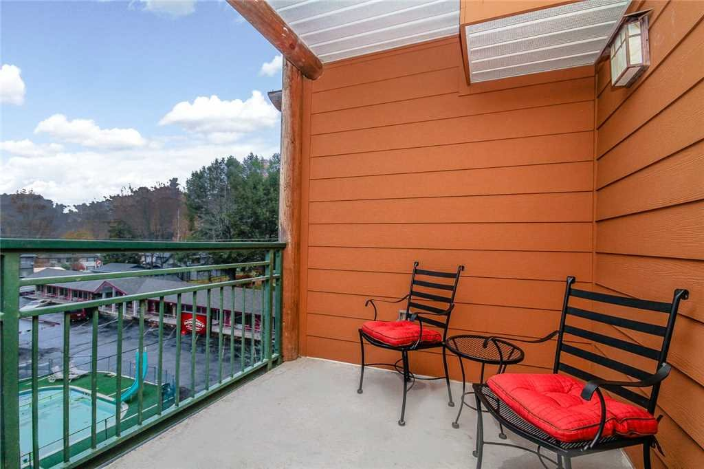 Photo of a Gatlinburg Condo named Baskins Creek 205 - This is the fifteenth photo in the set.