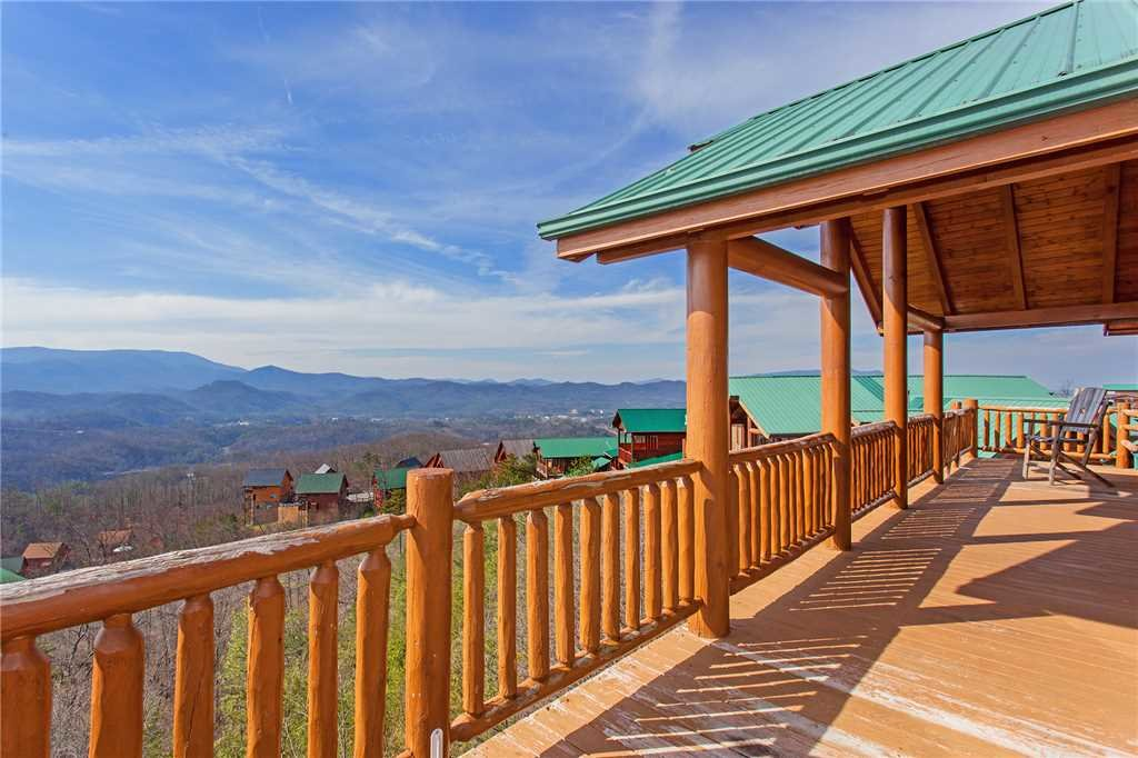 Photo of a Pigeon Forge Cabin named A Diamond In The Sky - This is the forty-sixth photo in the set.