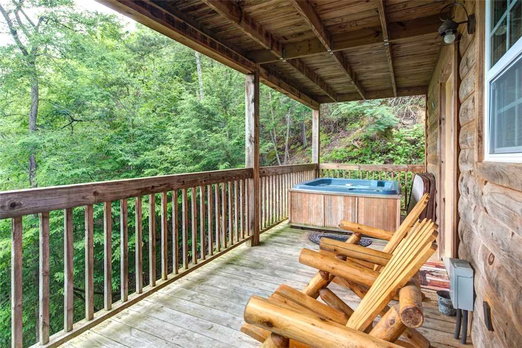 Photo of a Pigeon Forge Cabin named Whispering Secrets - This is the fifteenth photo in the set.