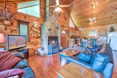 Dreamweaver, 2 Bedrooms, Hot Tub, Mountain View, Grill, Wifi, Sleeps 5